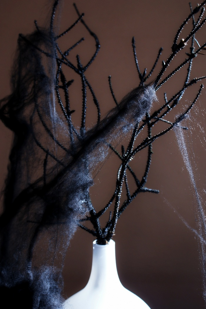 diy black twigs halloween decoration
