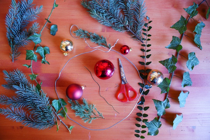diy christmas wreath garland