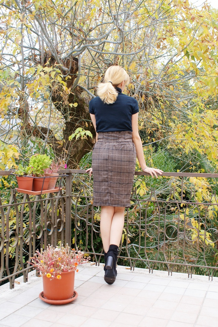 fall outfit pencil skirt plaid