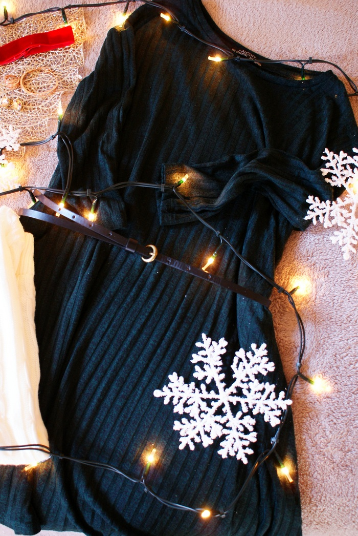 dress mini belt christmas outfit