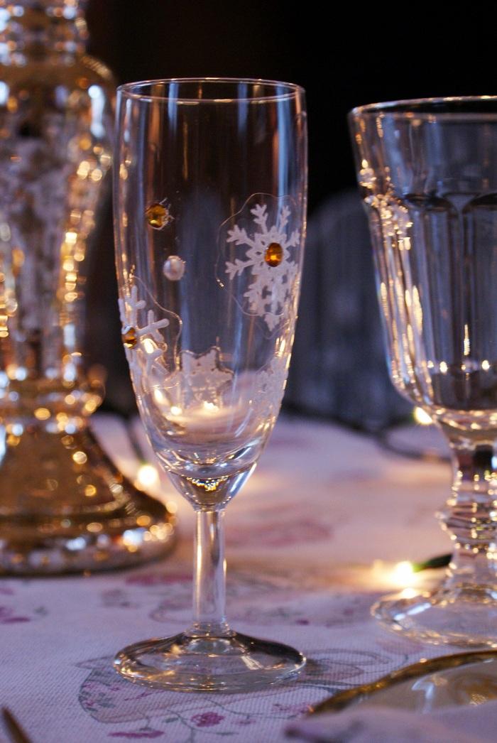 diy flutes glasses decoration holiday