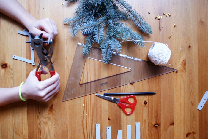 diy minimal tree ornaments francinesplaceblog