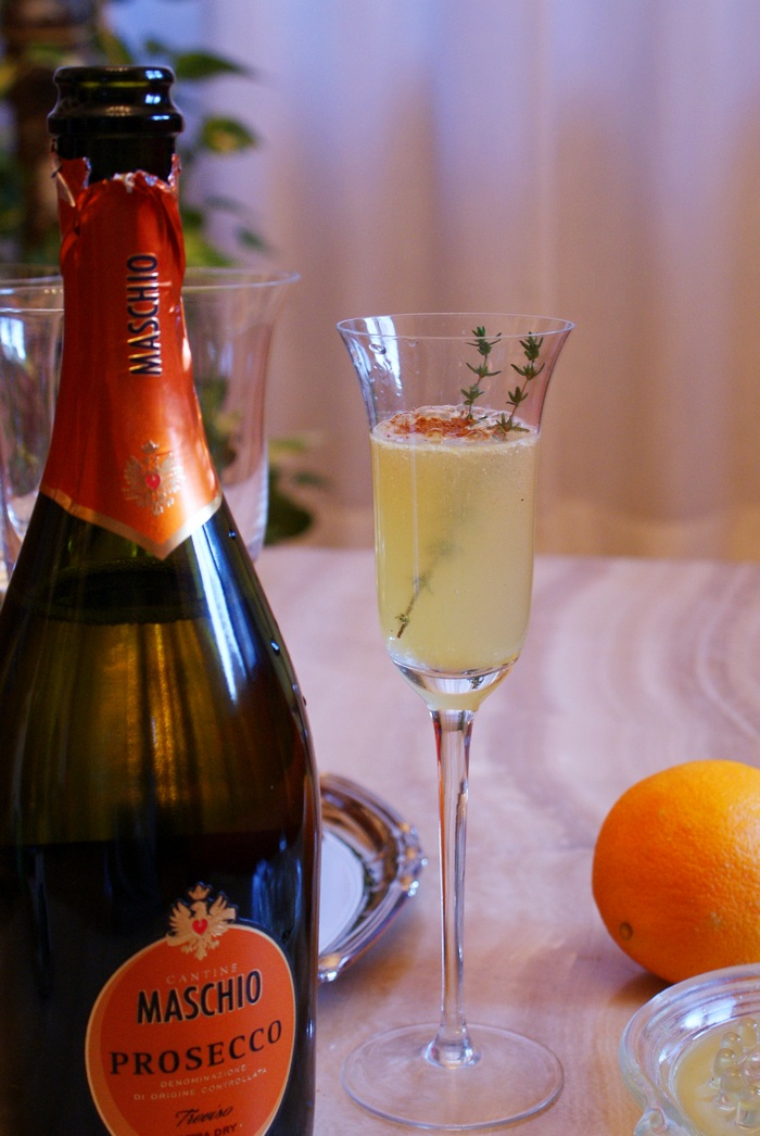 christmas holiday prosecco cocktail winter