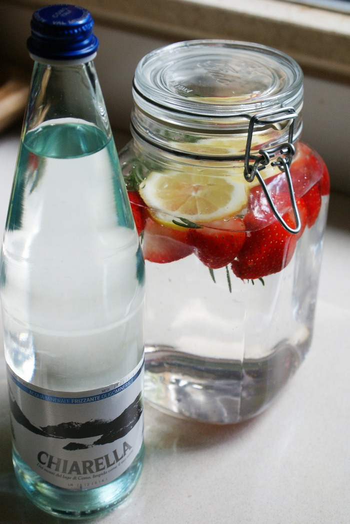 strawberries lemon rosemary detox water recipe