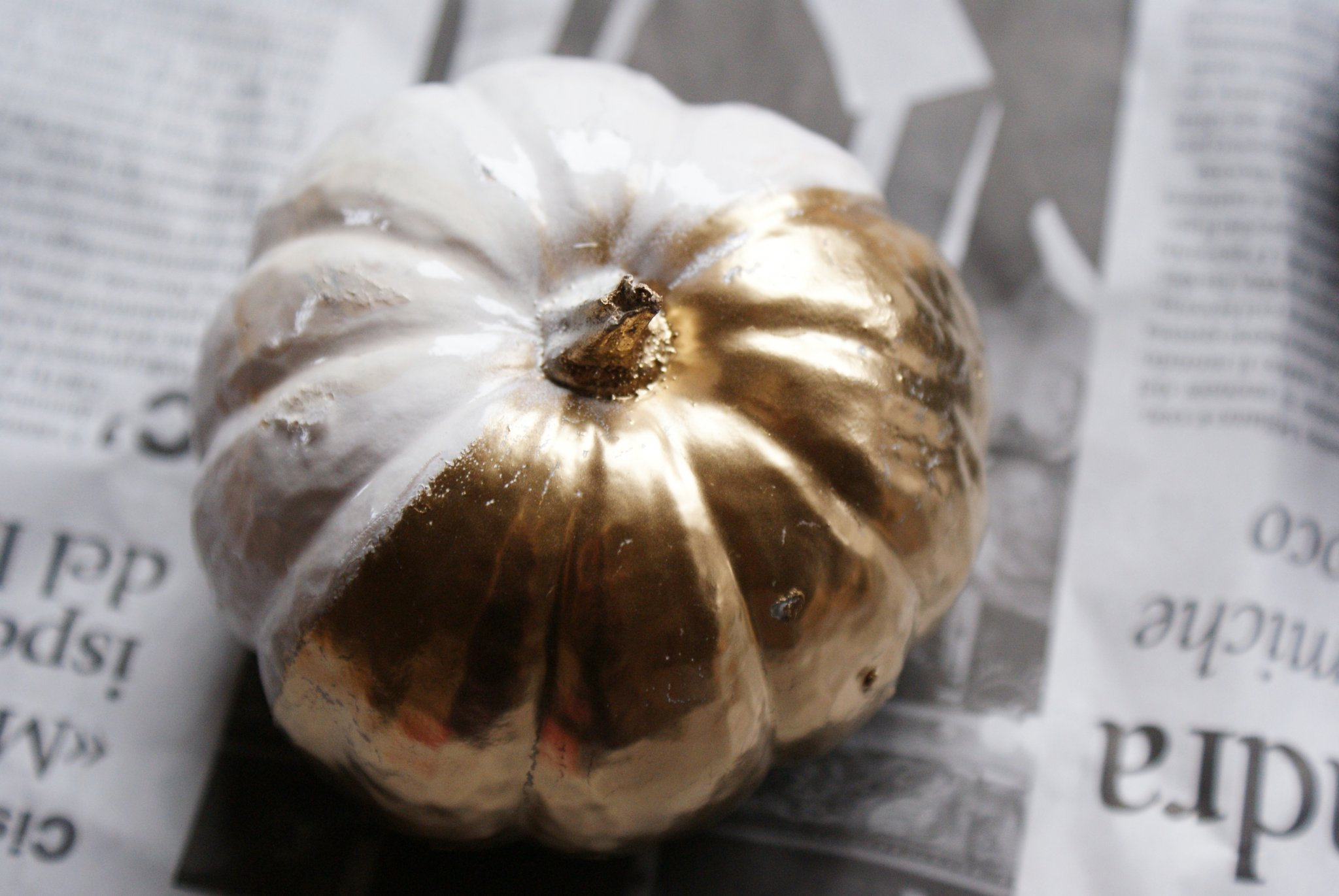 diy halloween gold pumpkin idea