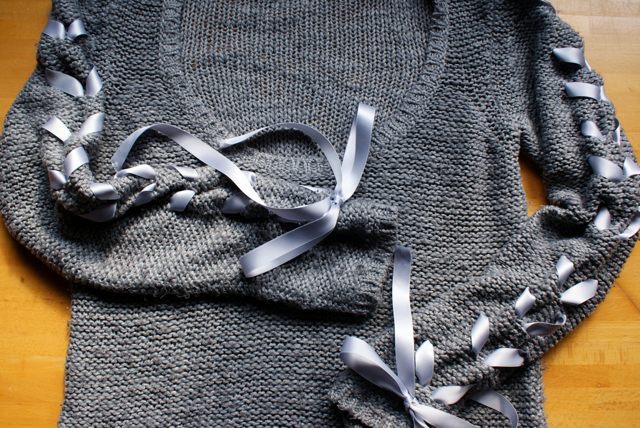 diy ribbon sleeve sweater tutorial