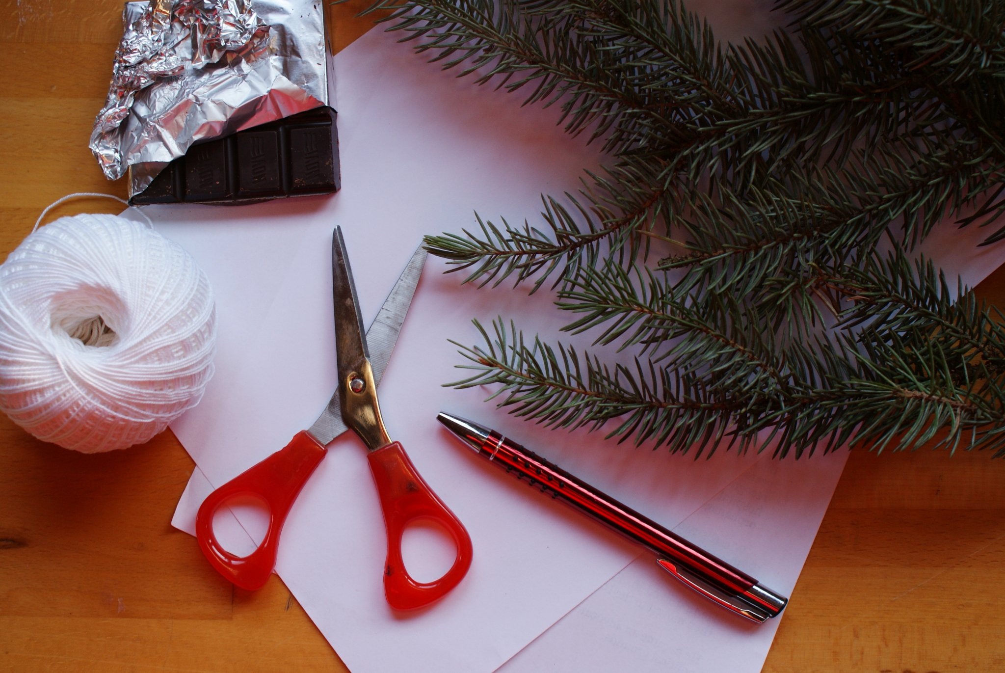 diy minimalist hanging advent calendar