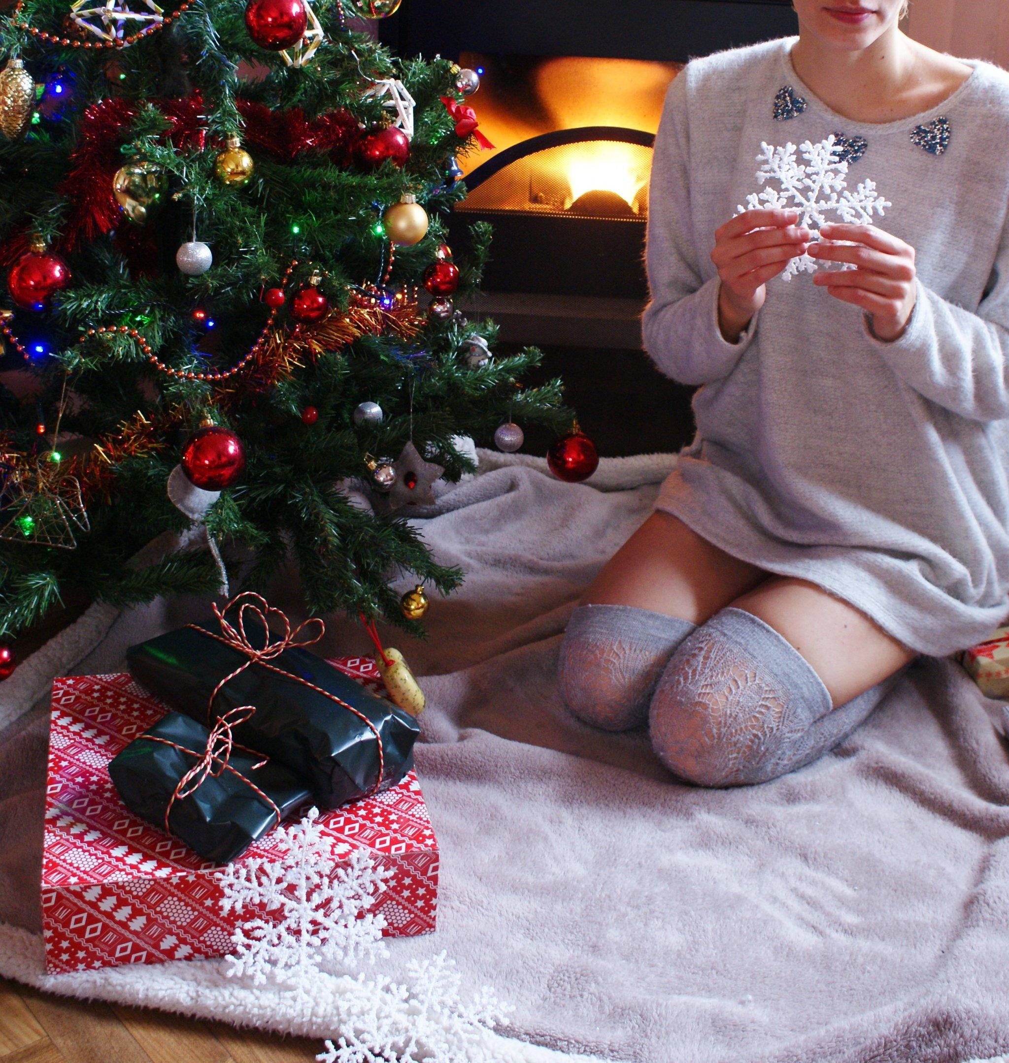 christmas cozy outfit idea sparkle