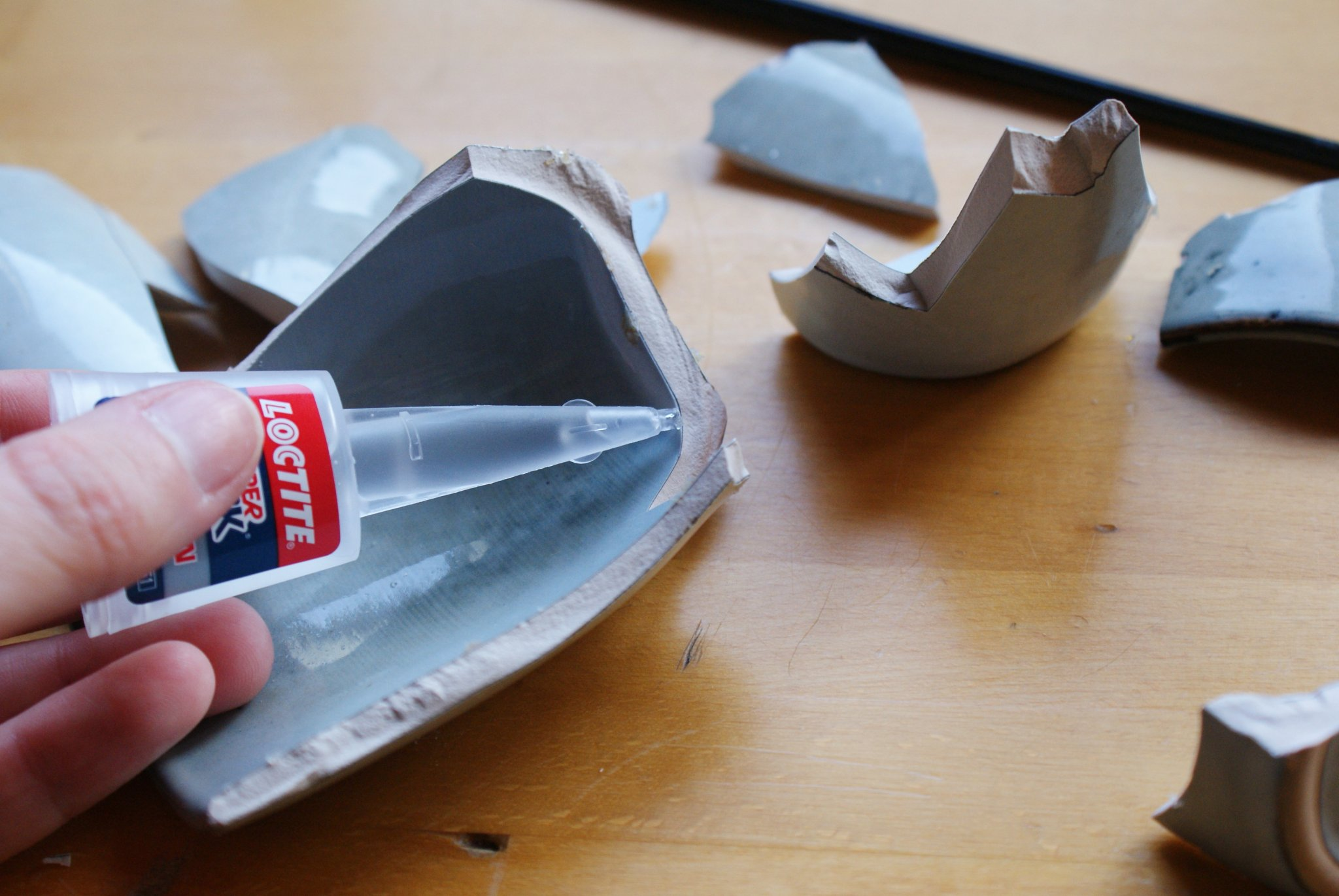 diy japanese kintsugi repair ceramic pottery