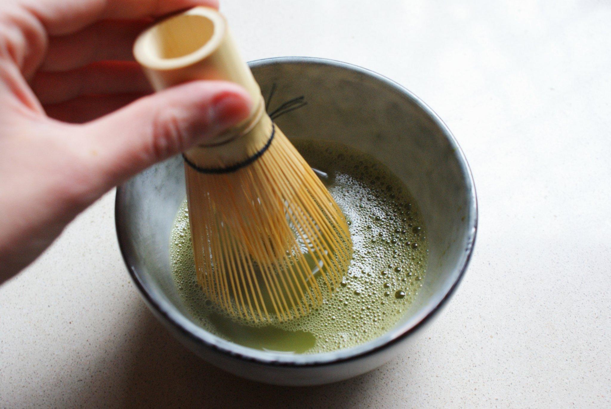 preparare matcha te casa tutorial