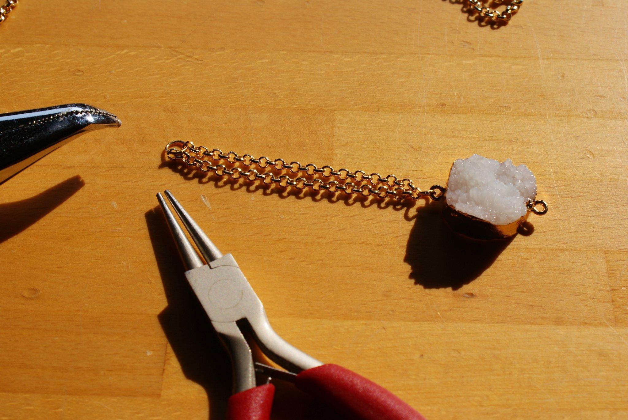 diy quartz stone bracelet tutorial