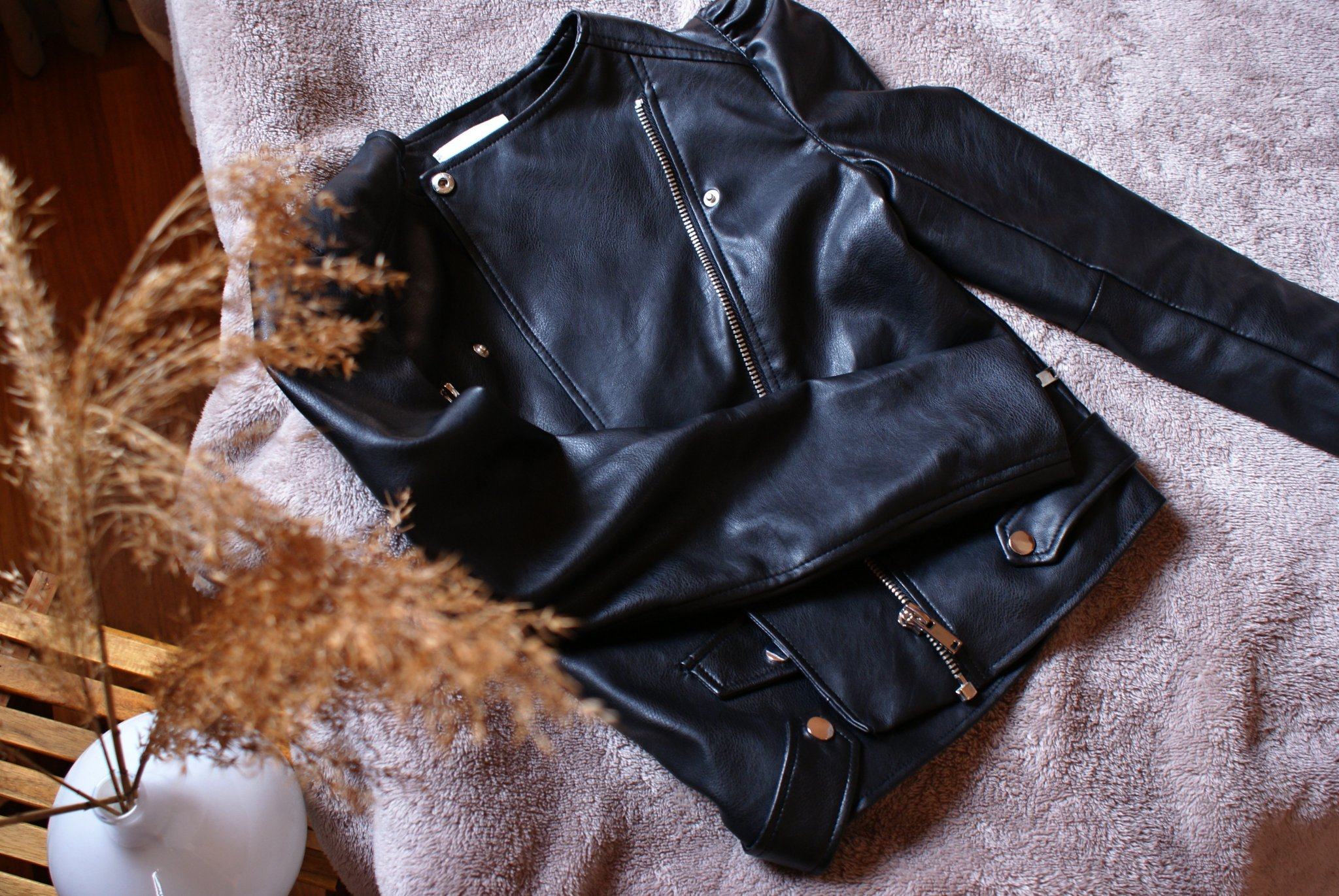 spring jacket outfit ideas leather