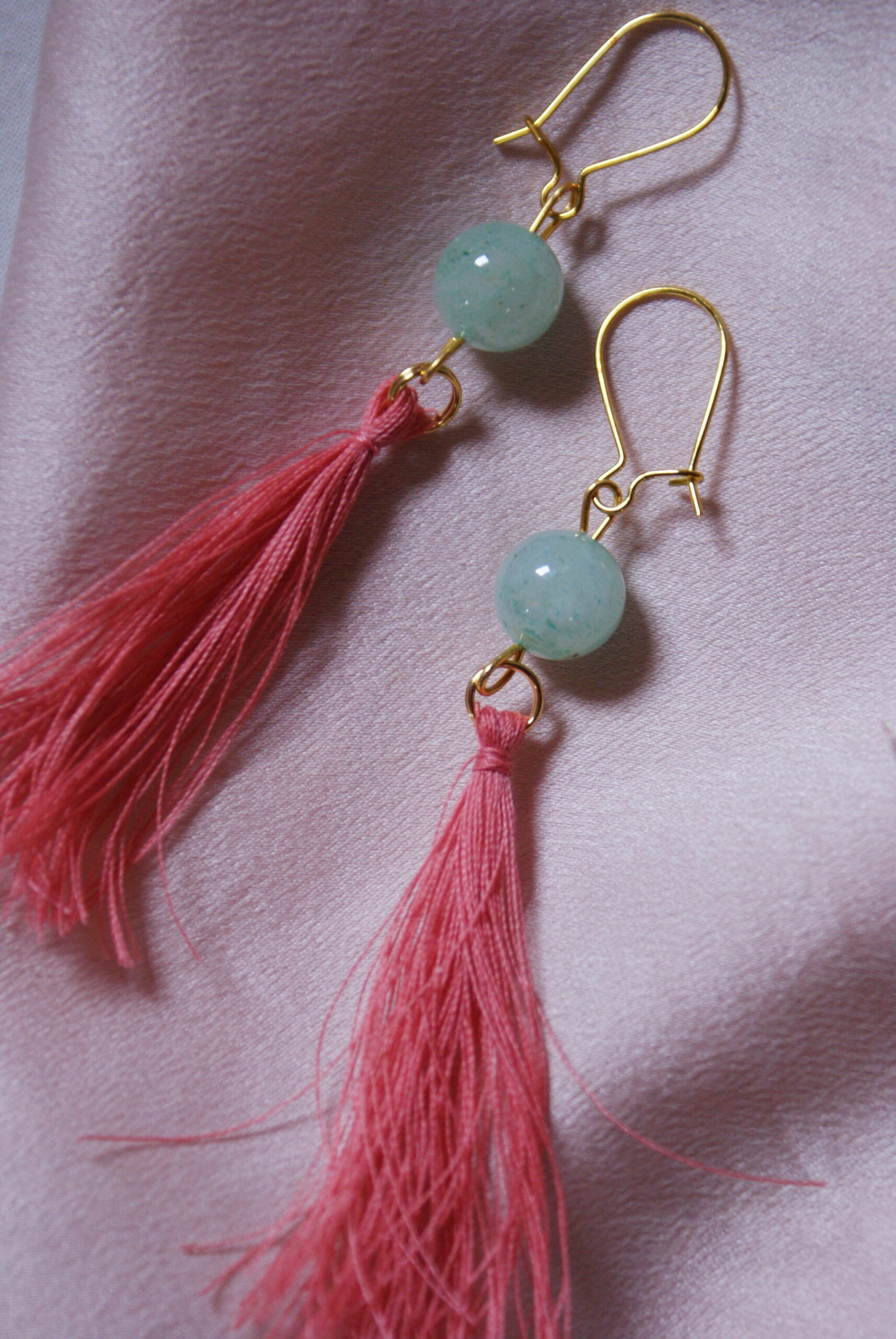 beautiful tassel earrings diy spring idea