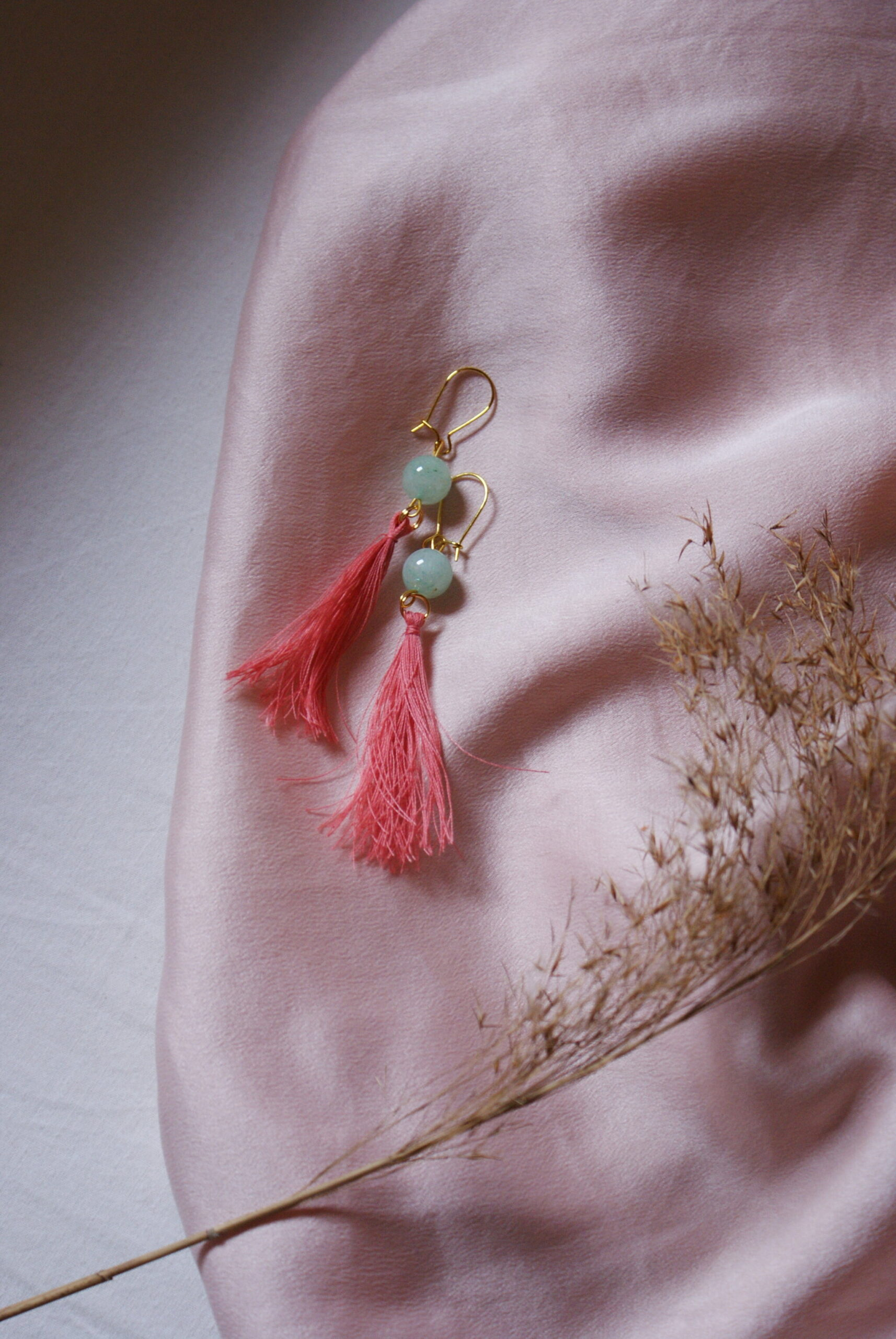 easy diy tassel earrings tutorial silk