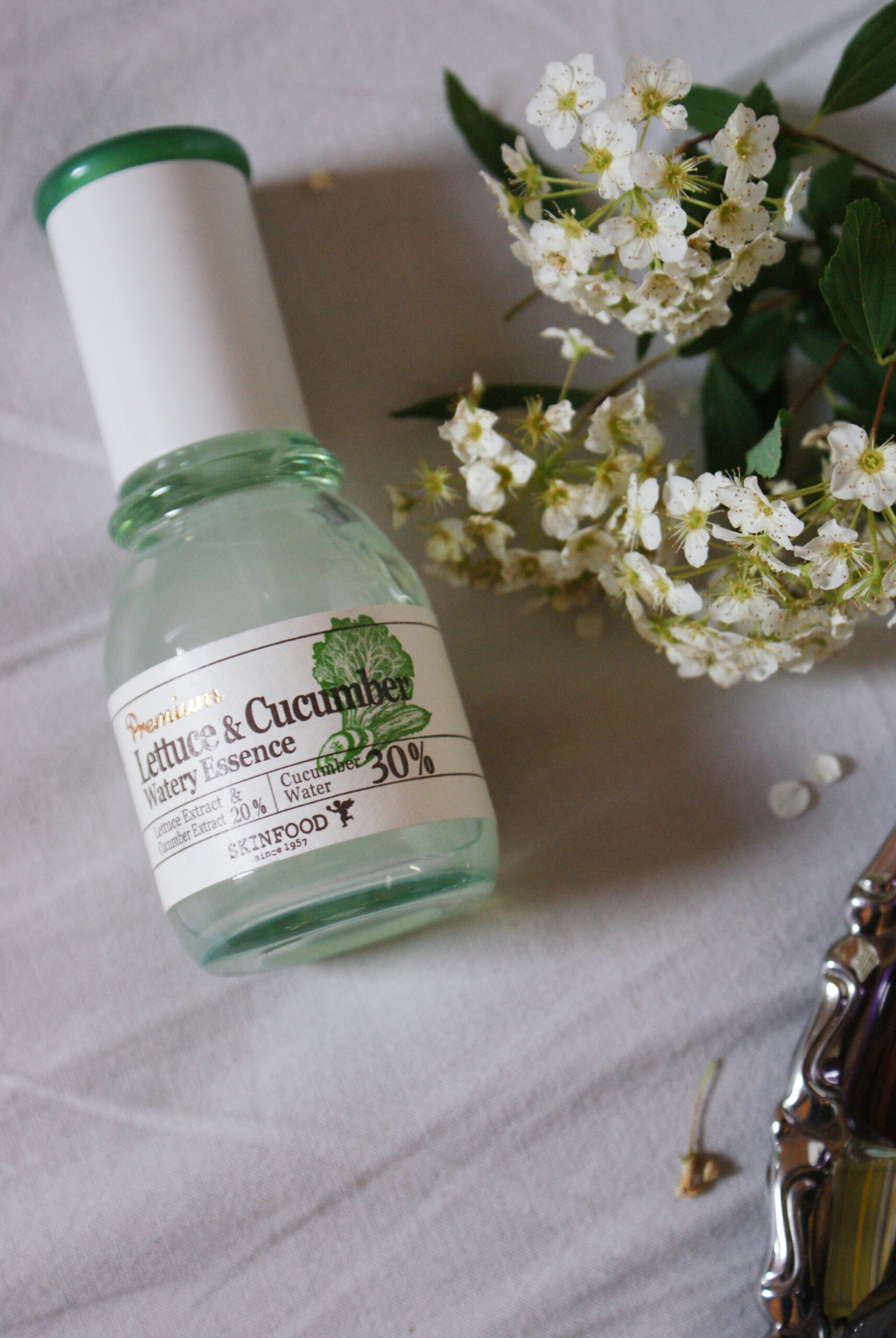 skinfood lettuce essence product review