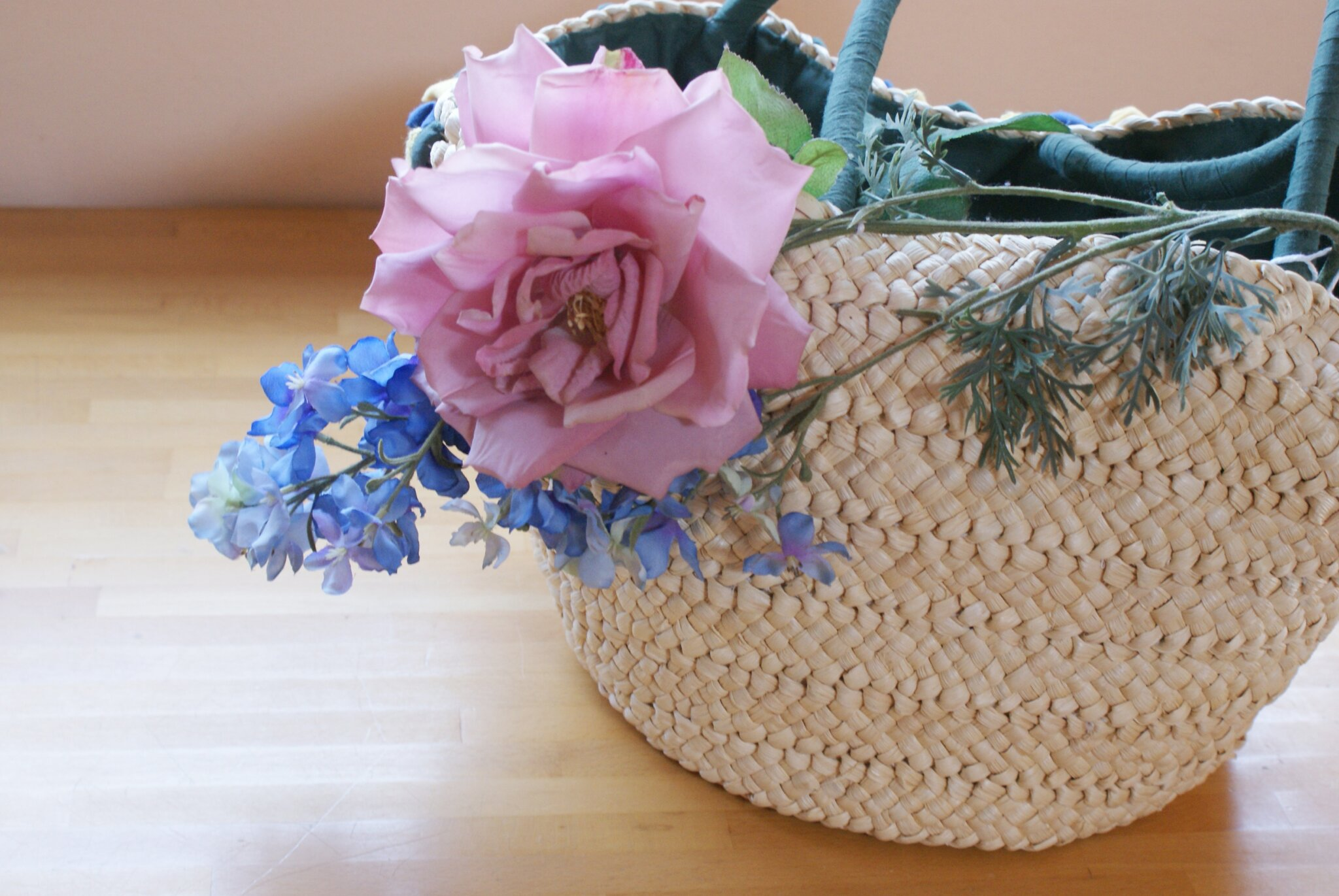 diy flower straw bag summer francinesplaceblog