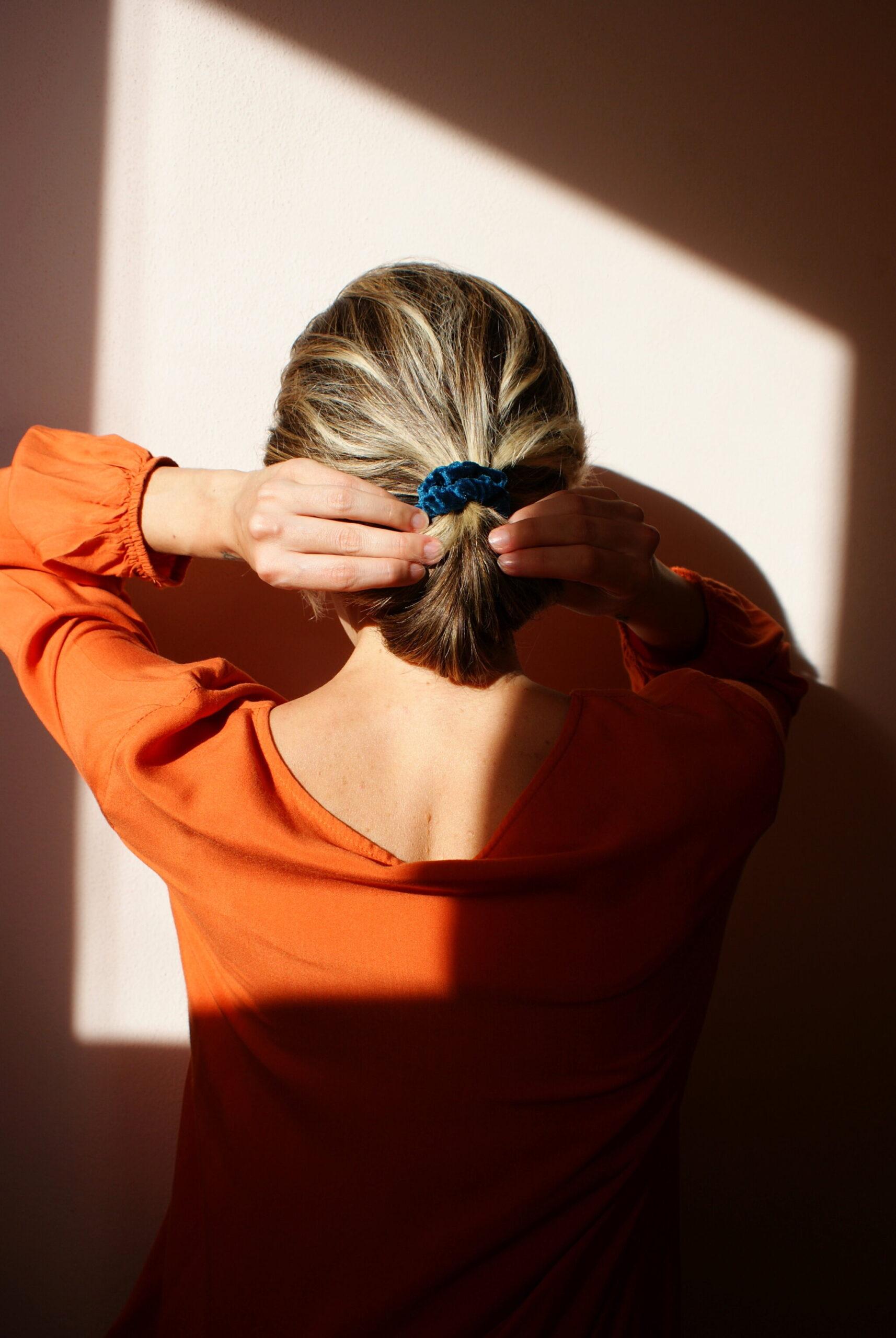 fai da te scrunchies elastico capelli velluto facile tutorial francinesplaceblog