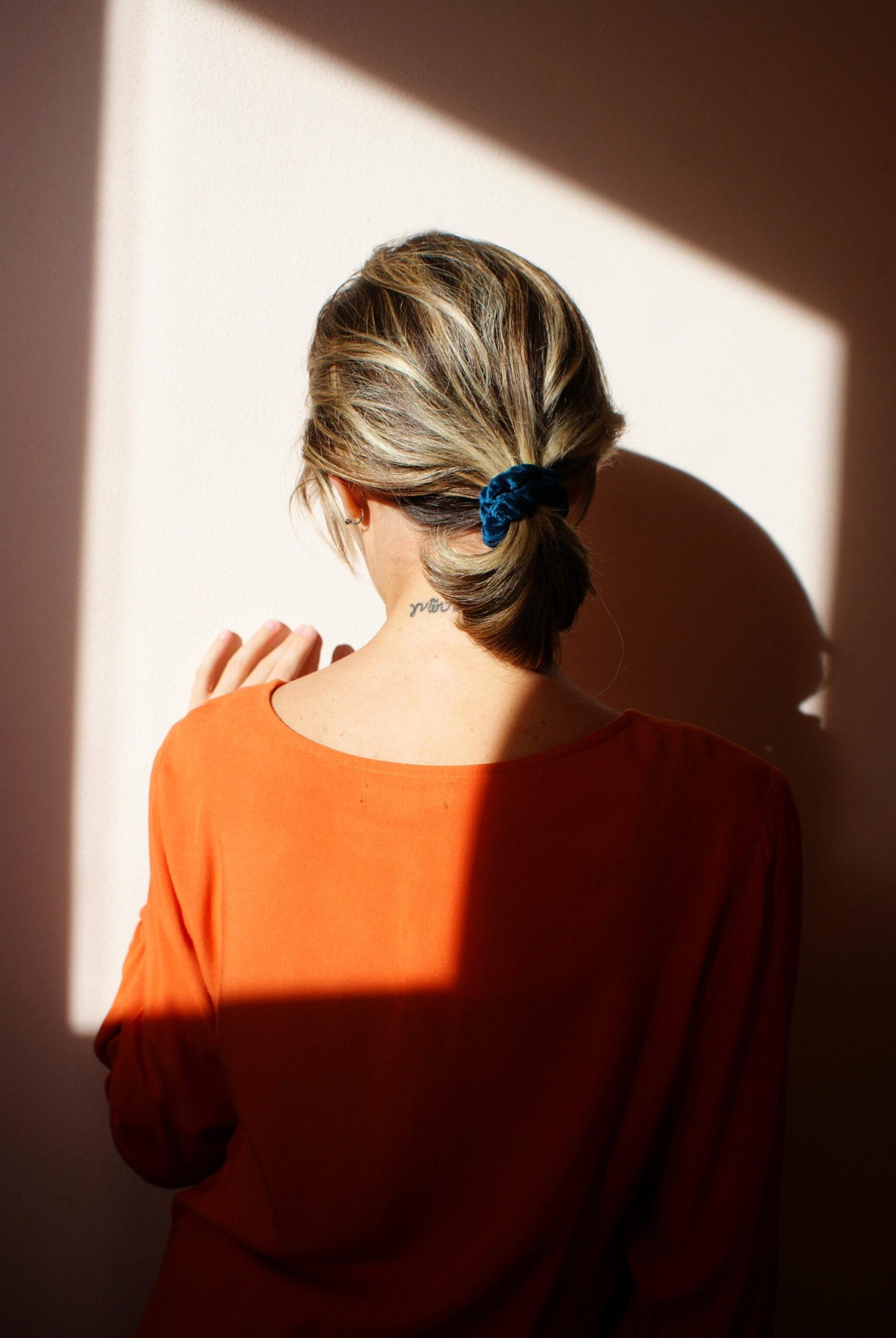 best ultimate diy velvet scrunchies tutorial fall hair trend