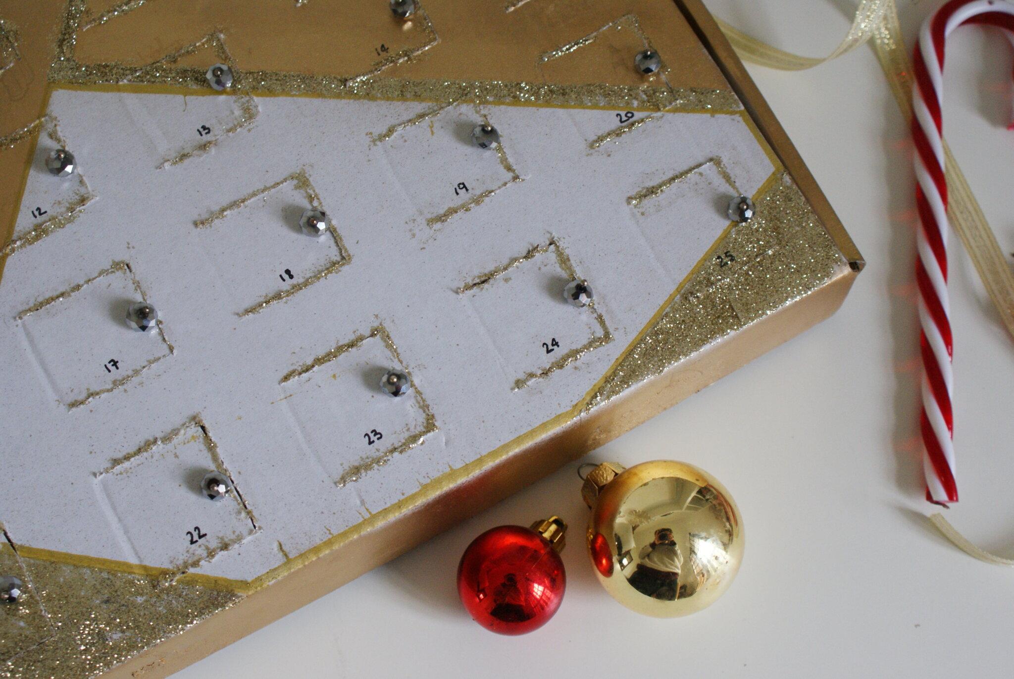 calendario avvento fatto mano fai da te idee facile scatola cioccolatini