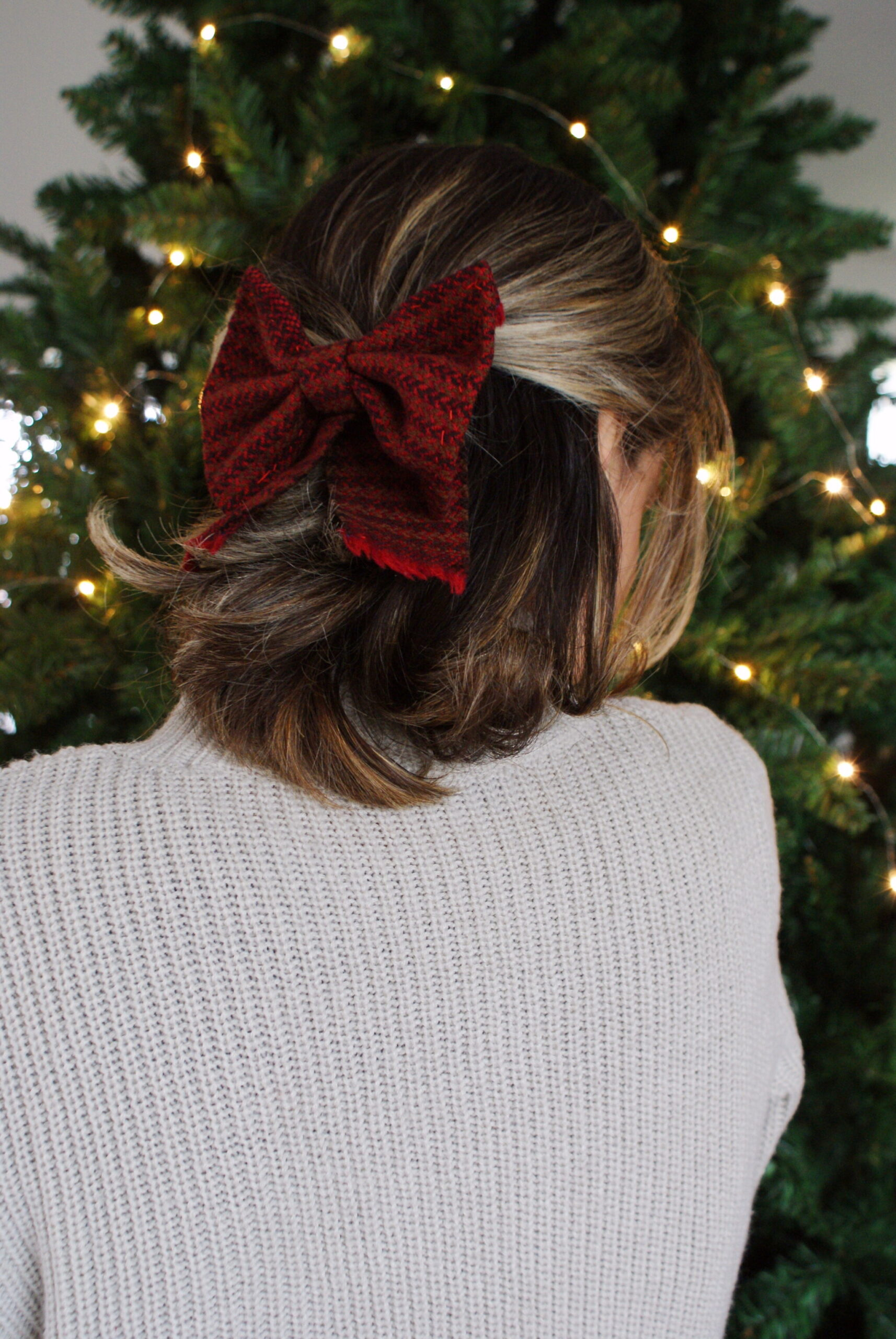 diy tartan bow hair clip easy handmade accessory festive outfits christmas tutorial fall