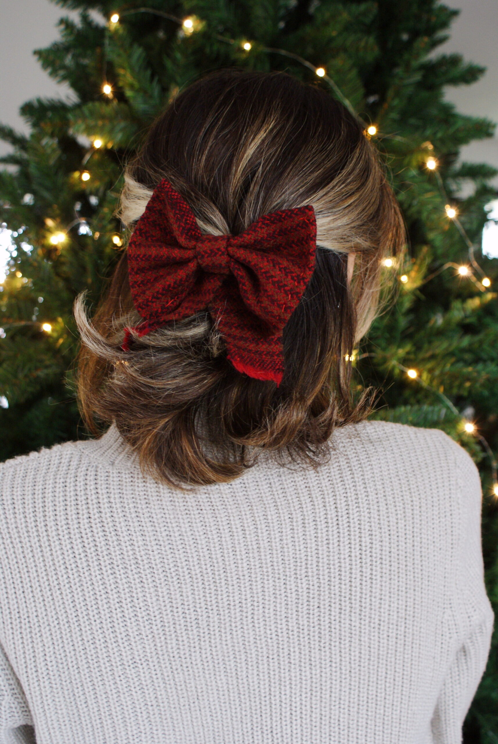 diy tartan bow hair clip easy handmade accessory festive outfits christmas tutorial francinesplaceblog