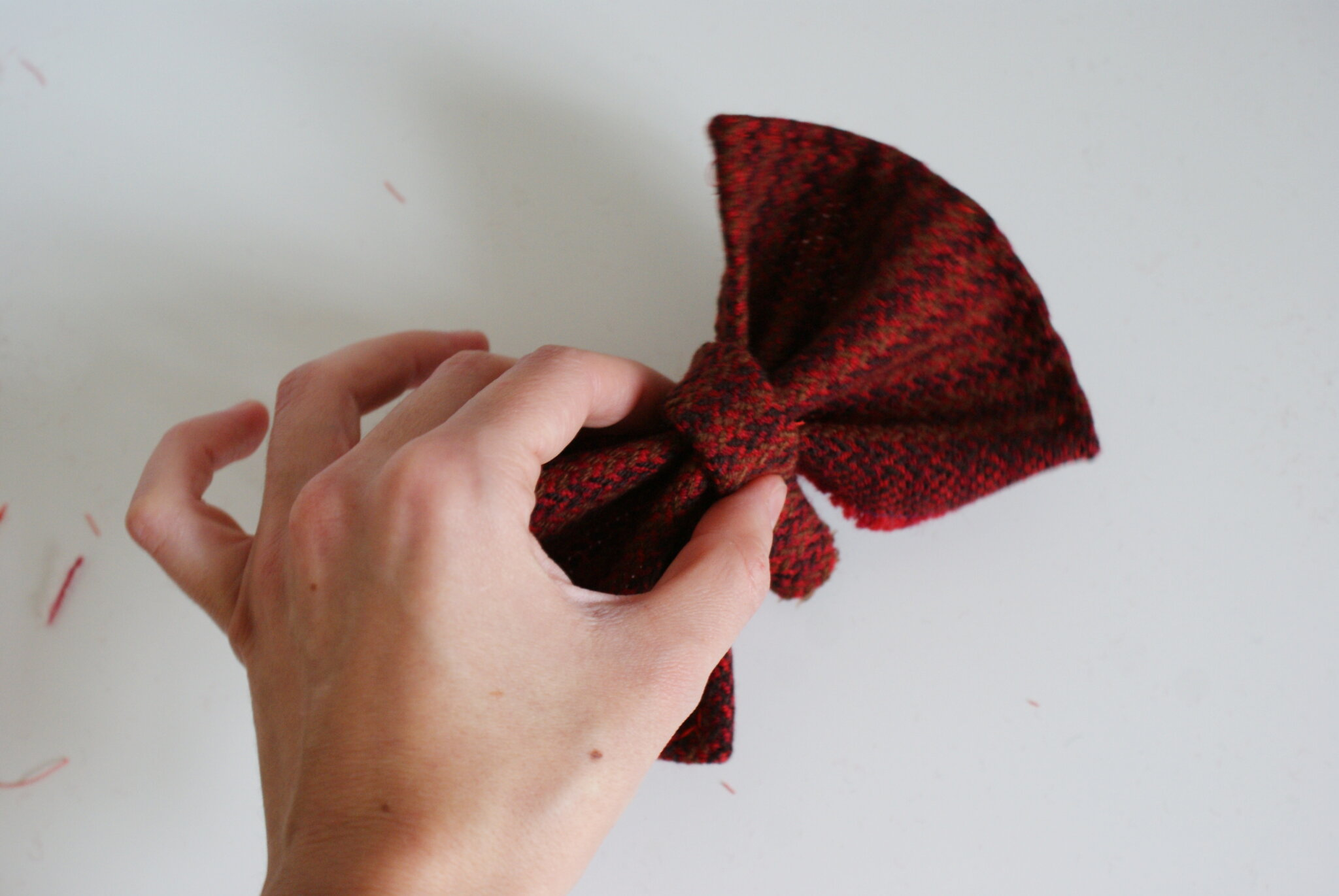 easy handmade tartan hair bow
