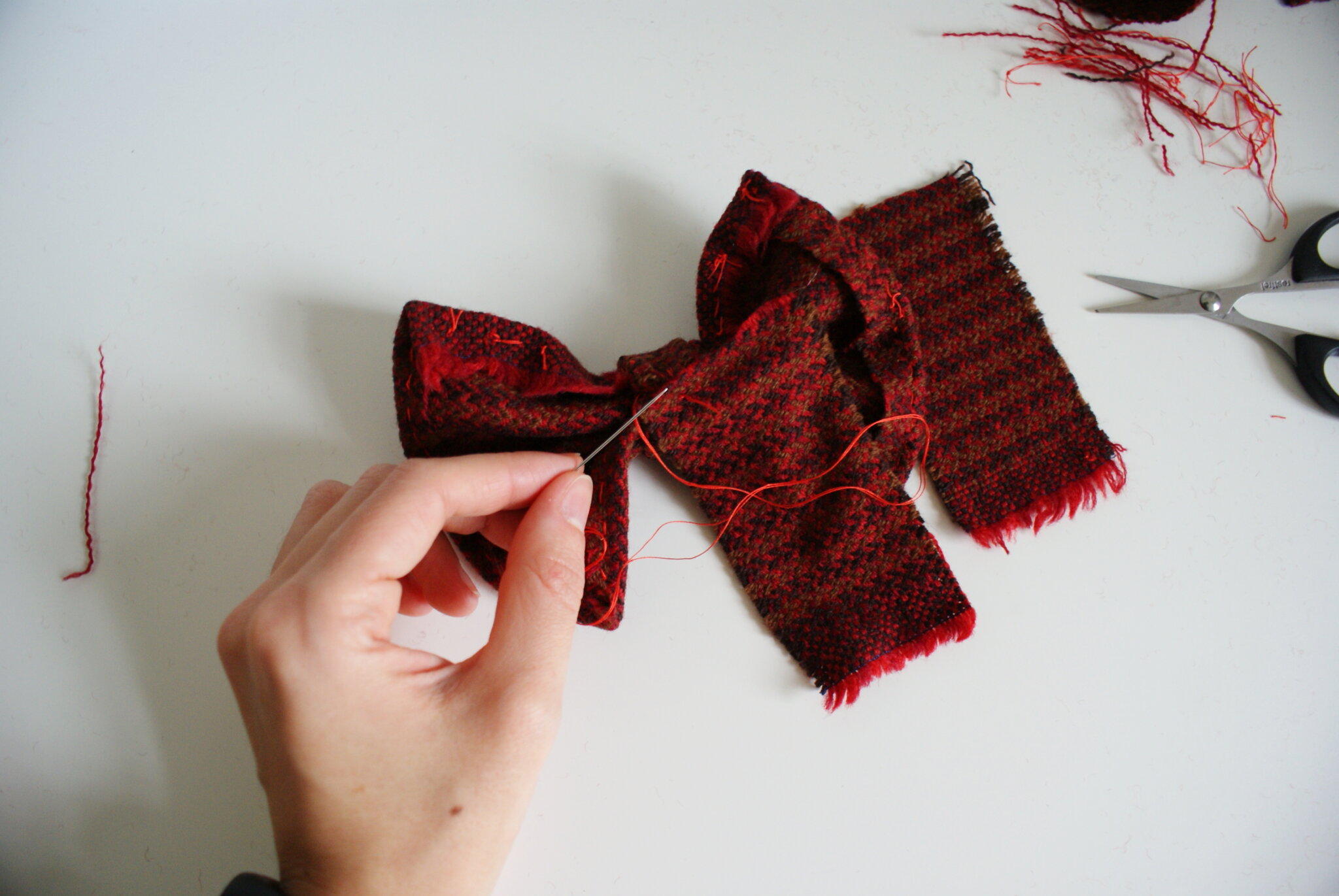 diy tartan hair bow clip tutorial