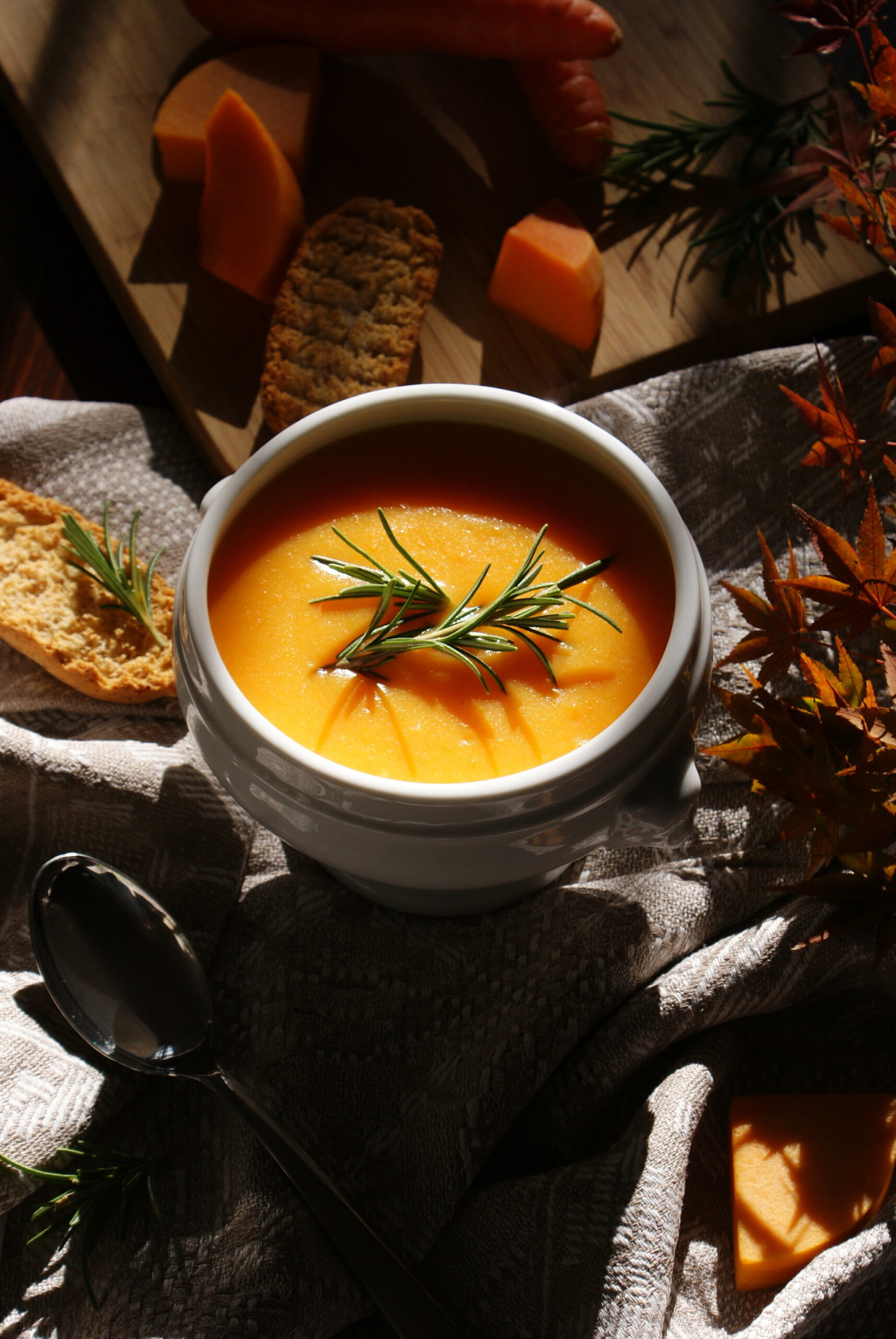 how make homemade pumpkin carrot soup easy quick Fall Winter idea recipe home vegan healthy