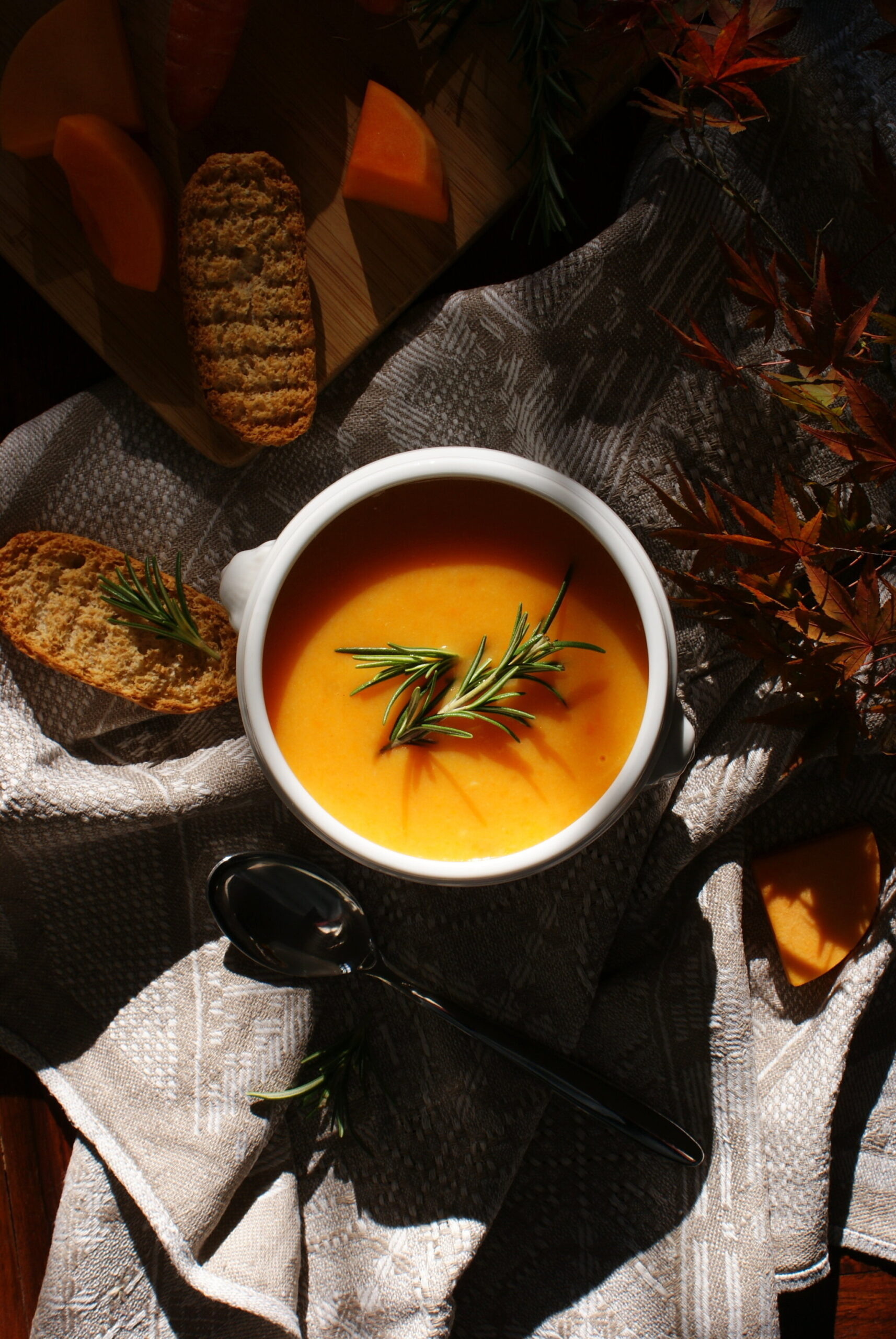 how make homemade pumpkin carrot soup easy quick Fall recipe home vegan healthy francinesplaceblog