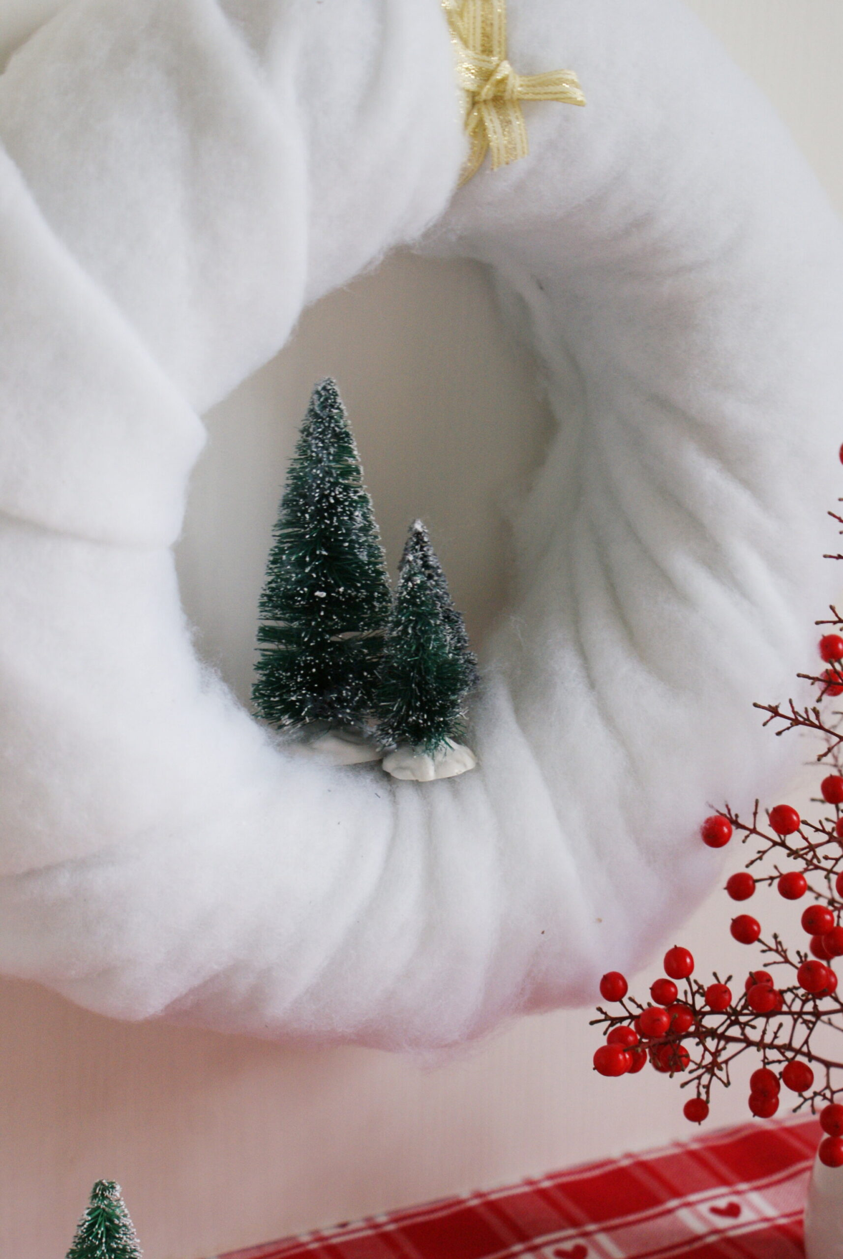 diy cotton snow wreath christmas handmade winter miniature tutorial easy decor idea miniature tree