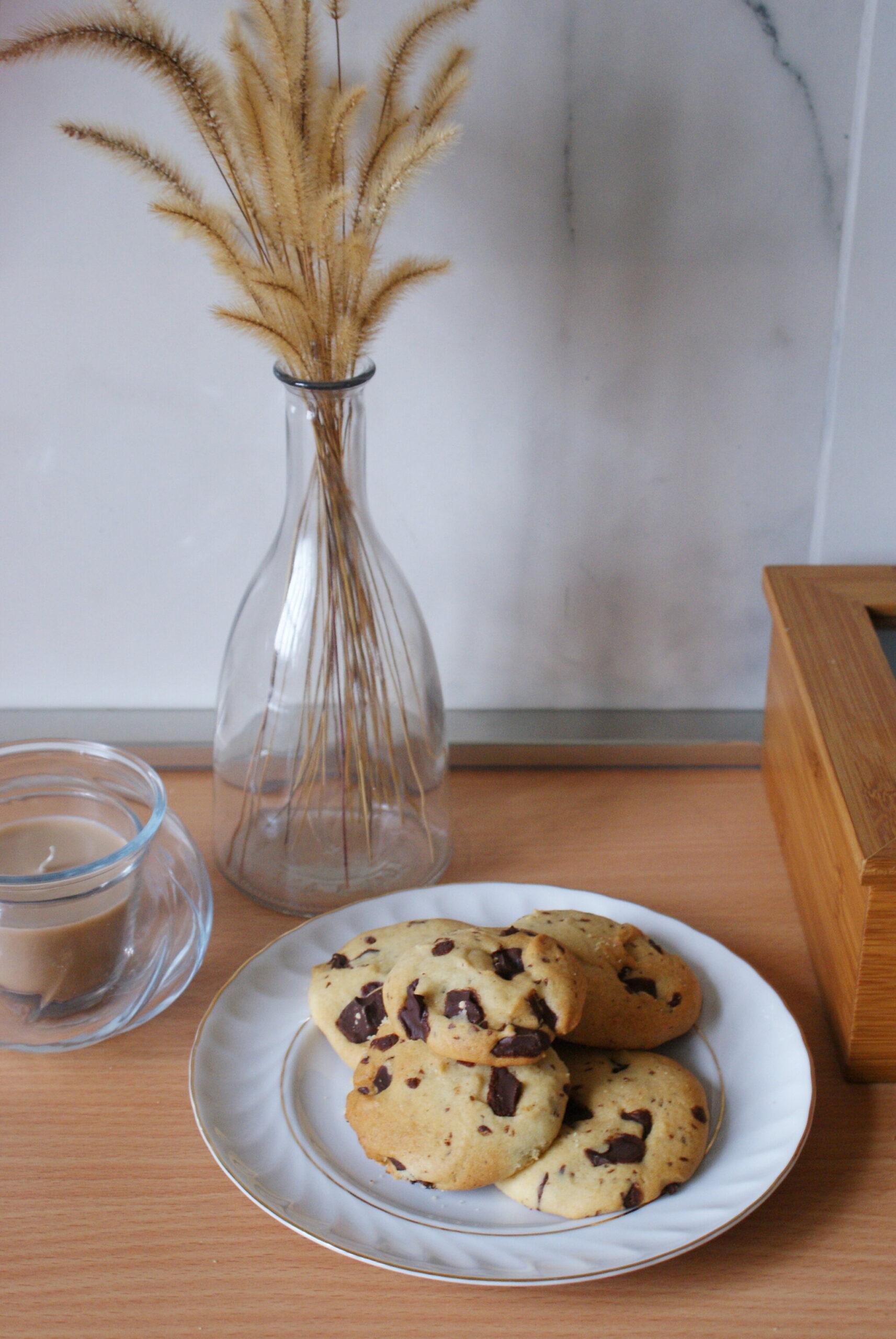 migliore ricetta cookies biscotti americani gocce pezzi cioccolato senza uova burro vegan vegetali sani veloce come fare casa