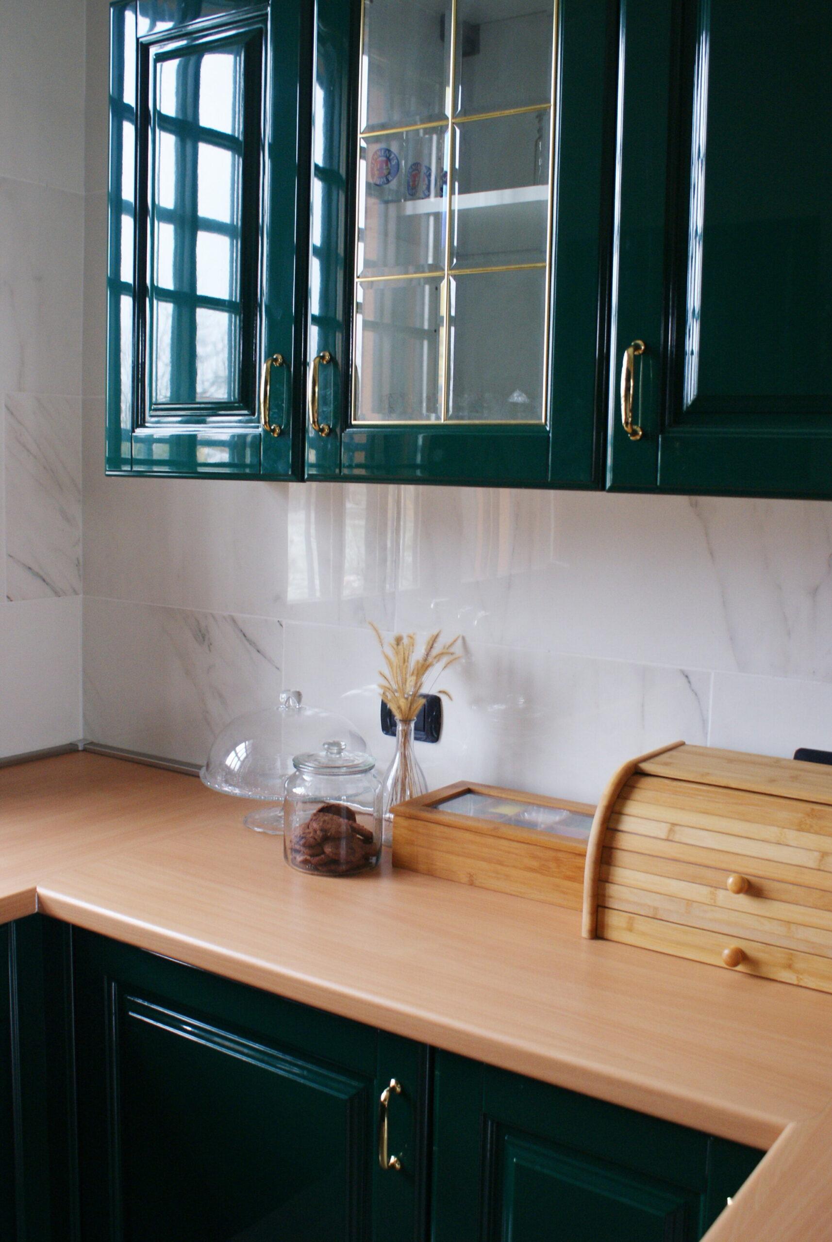 how declutter organize kitchen minimalist tips ulimate come organizzare riordinare cucina minimalista consigli green idea