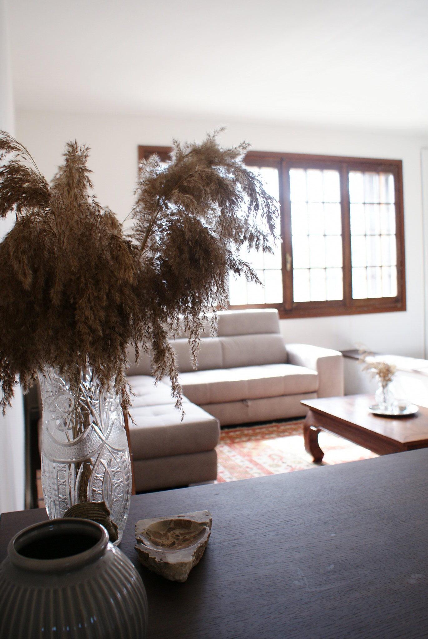 5 five ways tricks tips inexpensive make home look expensive budget luxurious consigli trucchi modi far sembrare casa costosa economici decor