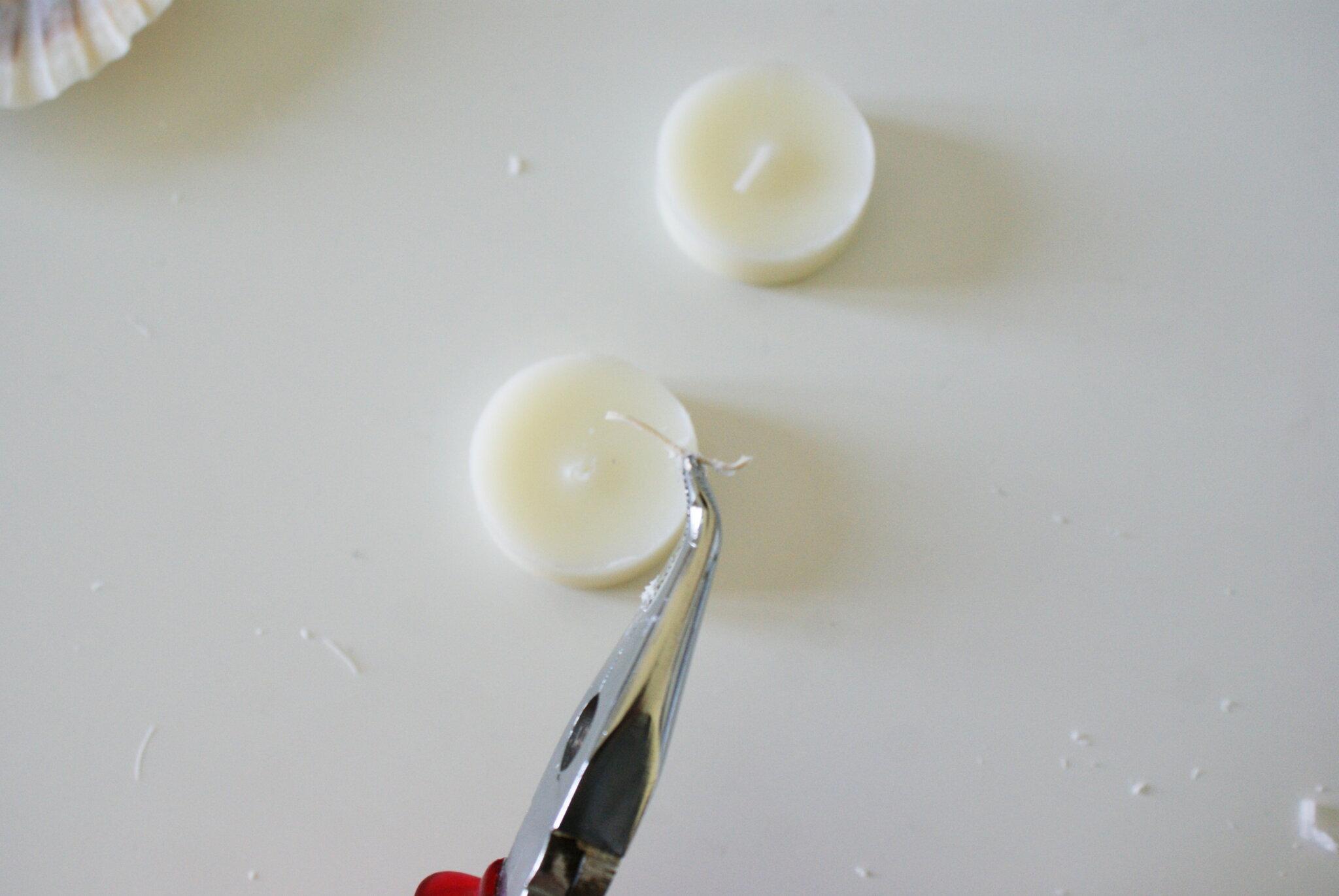 diy sea shell candles ultimate easy quick tutorial how make home decor aesthetic candele conchiglia conchiglie faidate casa come fare