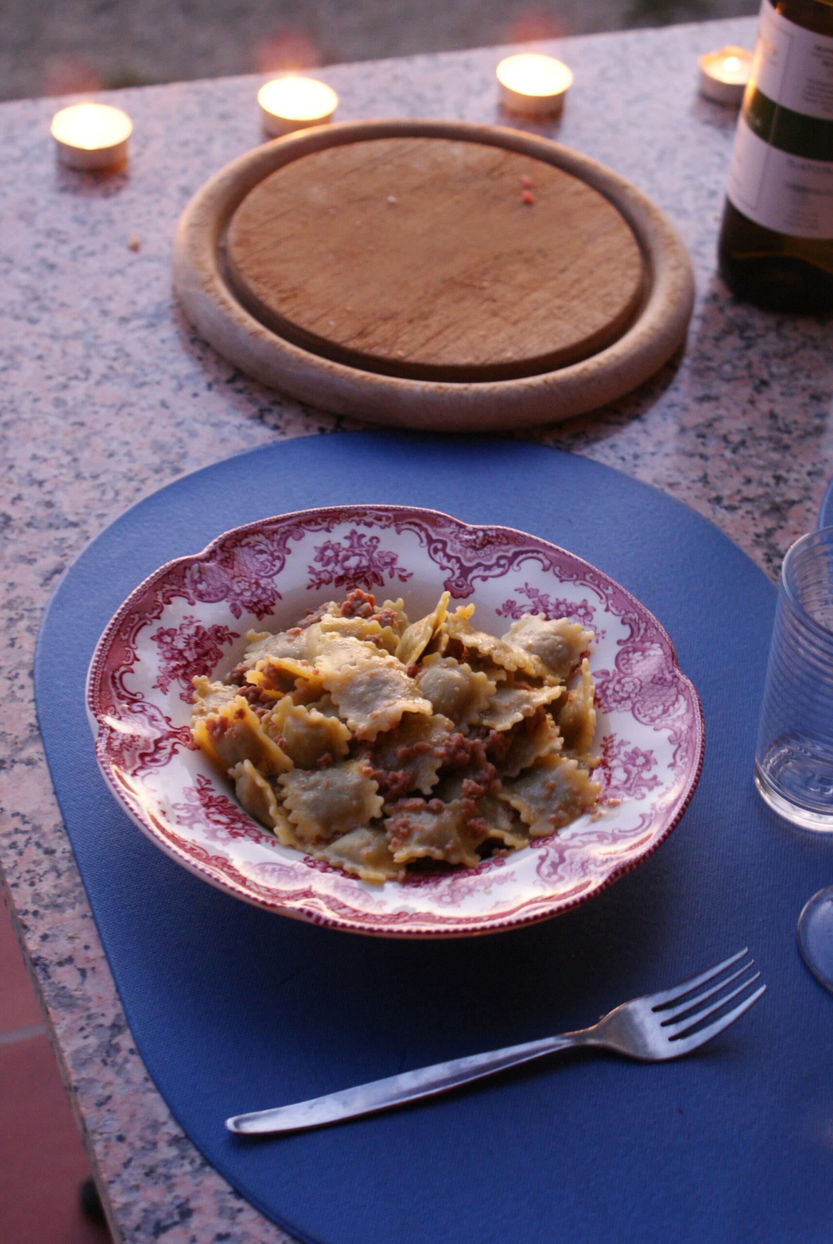 monferrato travel guide piemonte italy piedmont tips eat see do guida viaggio vedere mangiare fare turismo tourism trip francinesplaceblog agnolotti rondano moncalvo