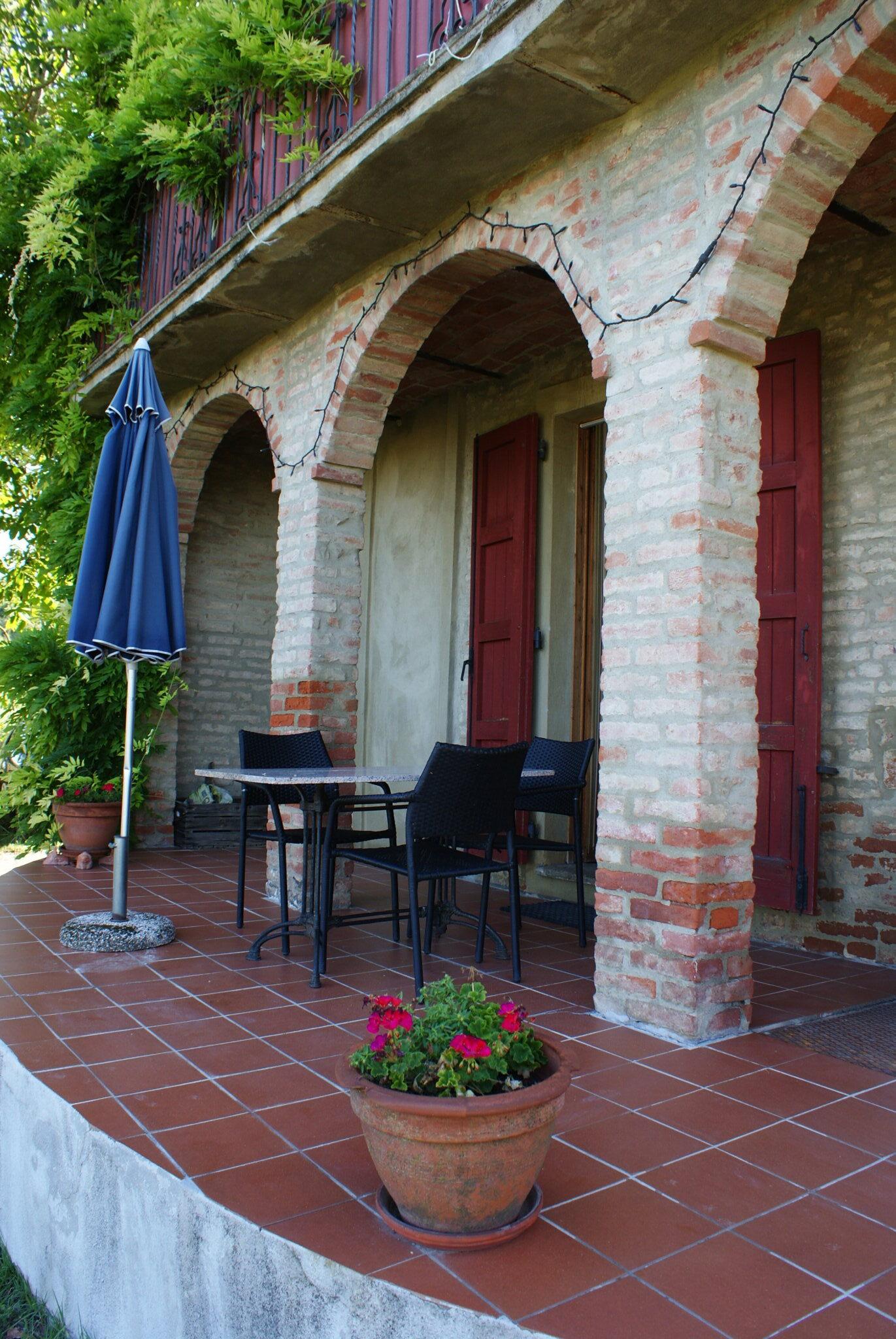monferrato travel guide piemonte italy piedmont tips eat see do guida viaggio vedere mangiare fare turismo tourism trip francinesplaceblog cascina intersenga