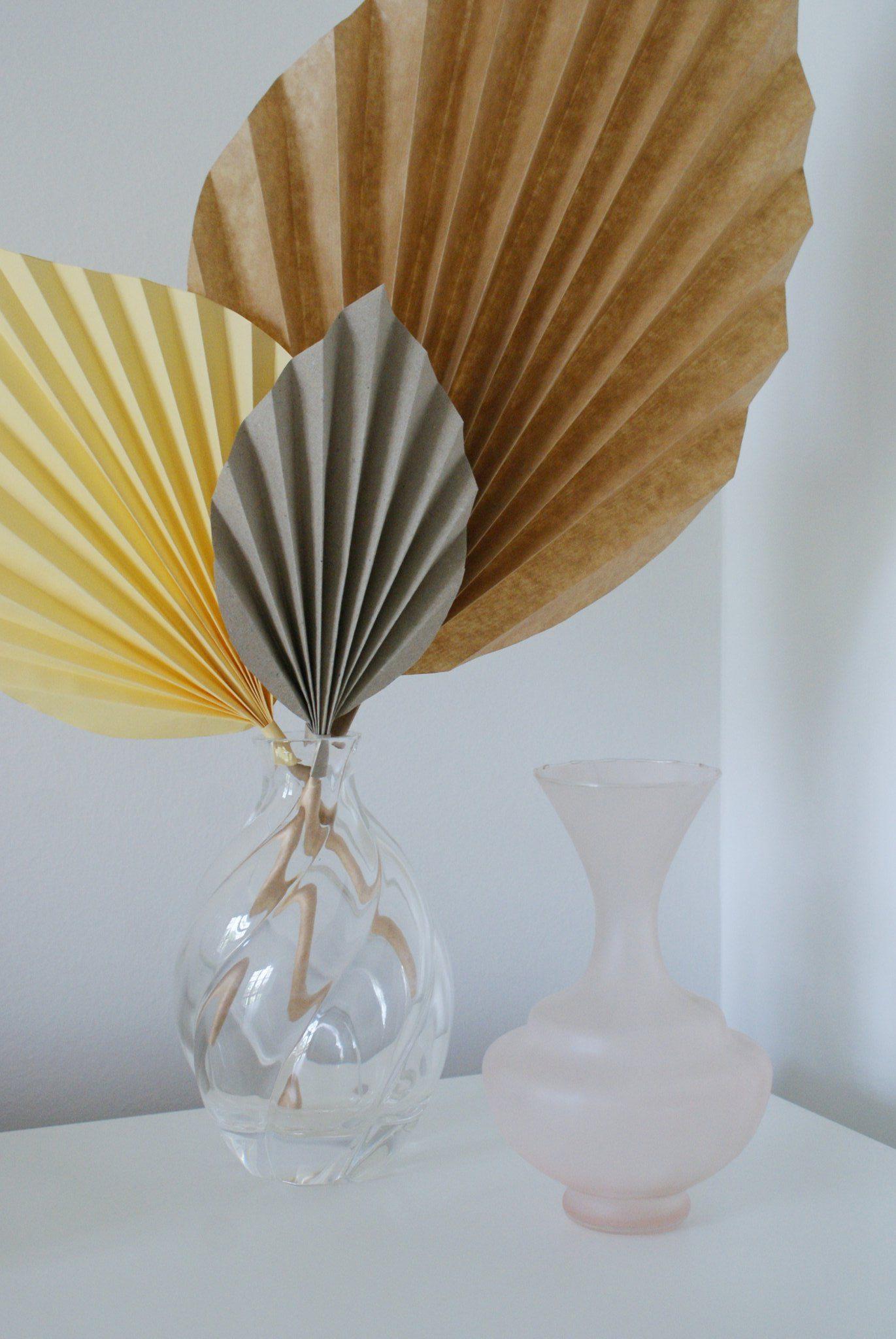 diy palm paper leaf leaves decor idea handmade craft easy simple tutorial home decoration neutral minimalist francinesplaceblog 2