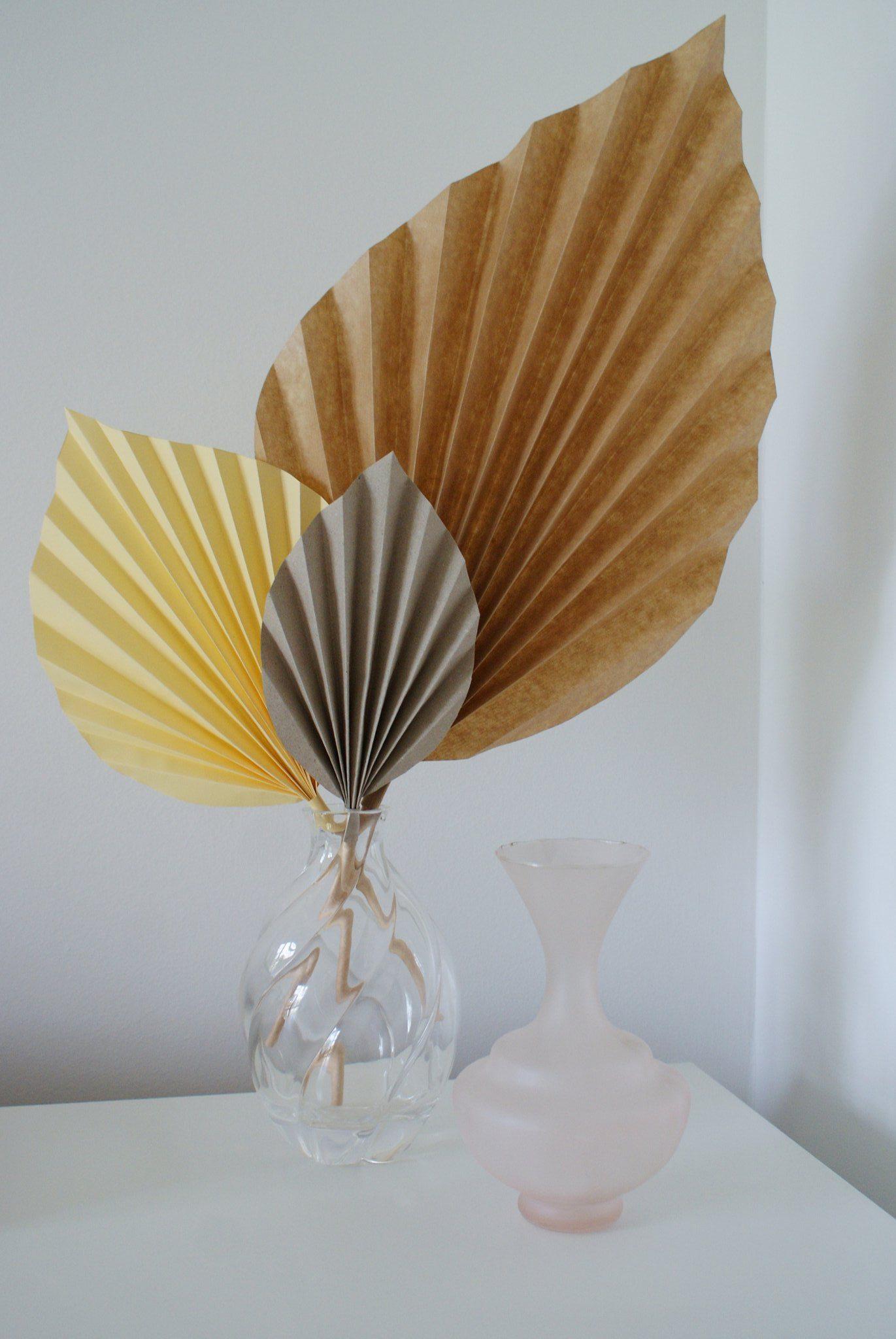 diy palm paper leaf leaves decor idea handmade craft easy simple tutorial home decoration neutral minimalist francinesplaceblog